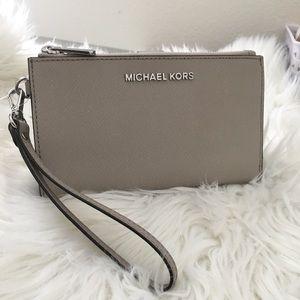 New Michael Kors Large Double Zipper wallet